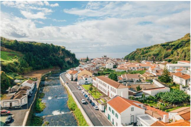 TRAVEL DESTINATIONS IN THE AZORES