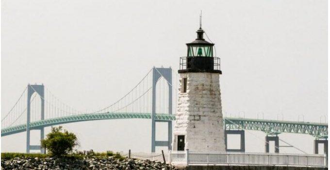 Newport Harbor Light on Goat Island near Newport